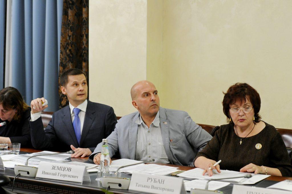 В Общественной палате РФ обсудили механизмы установления судеб пропавших без вести защитников Отечества