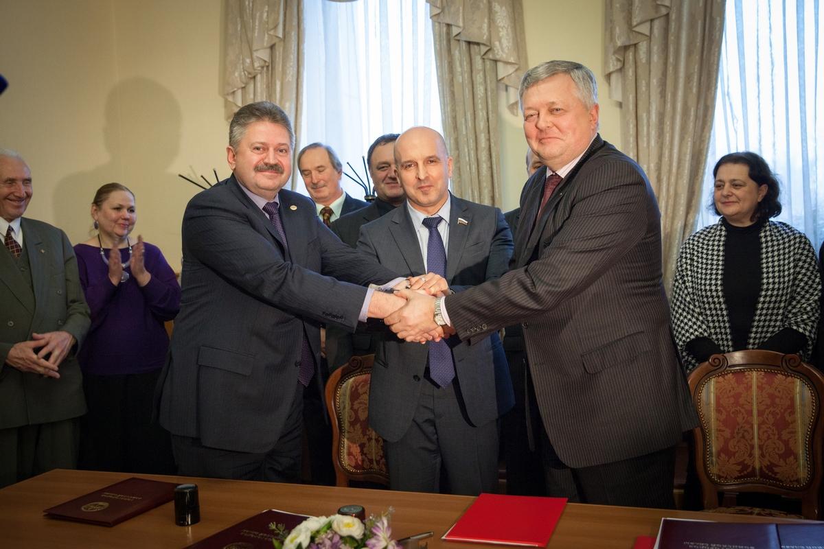 «Бессмертный полк России» подписал соглашения с ФНКА и СГВС