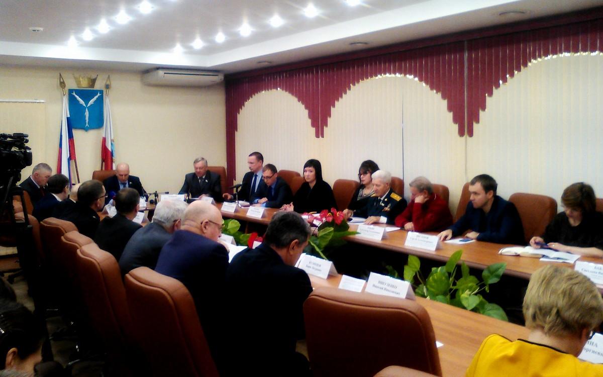 В Саратове прошли слушания по Народному проекту