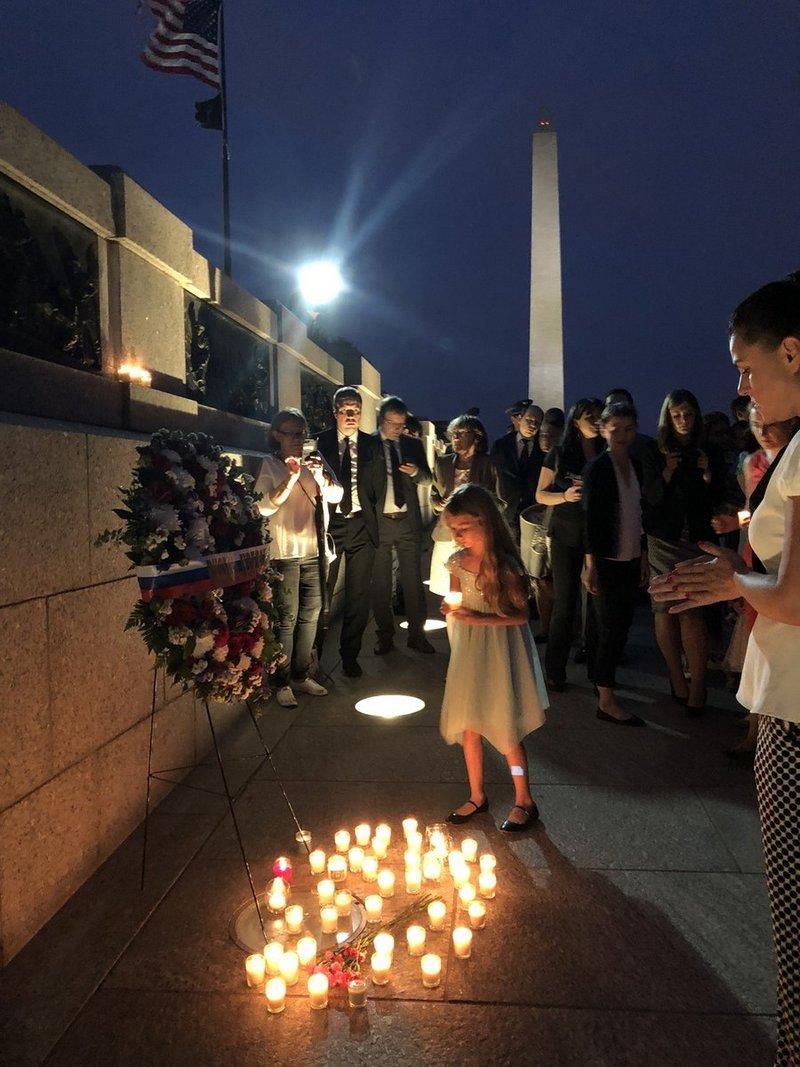 Мемориальная акция «Свеча памяти» состоялась в Вашингтоне